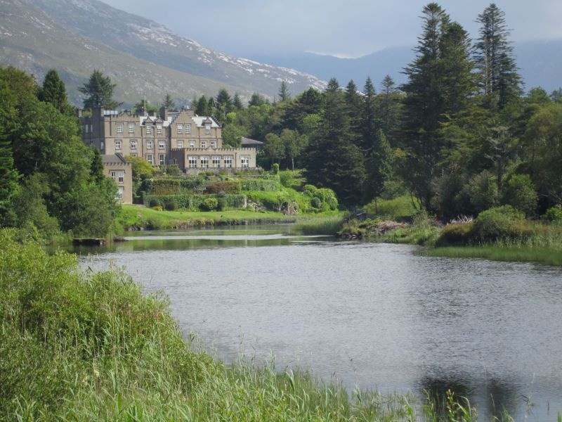 Ballynanhinch Castle