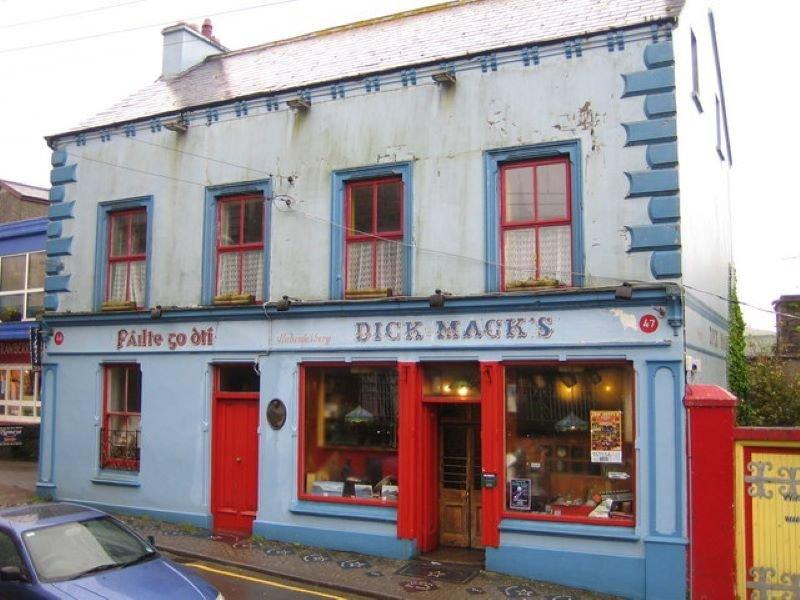 Dick Mack's Pub & Brewery