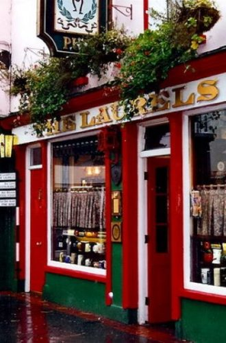 10 Must Visit Pubs in Killarney, Ireland