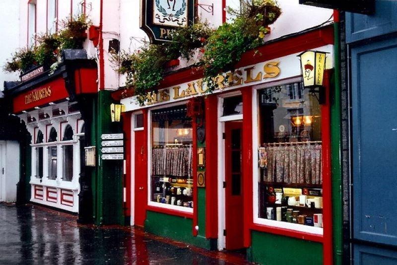 Laurels Pub